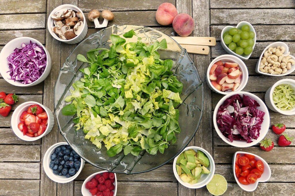 Jídelníček při chemoterapii - na obrázku je zobrazeno ovoce a zelenina